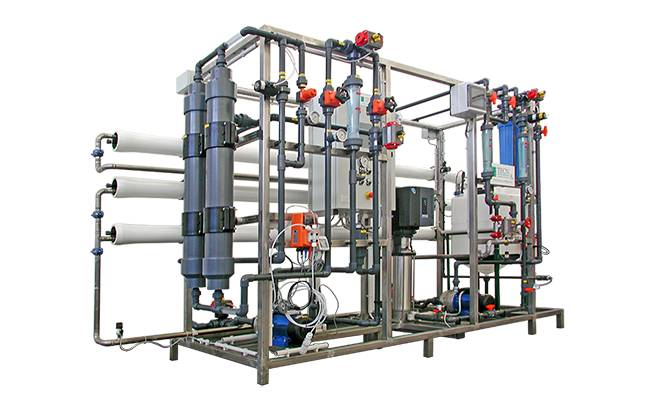 Ultrafiltration and Reverse Osmosis system on skid